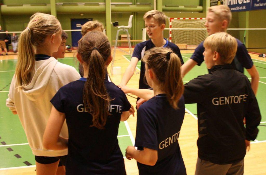 holdturneringen i badminton